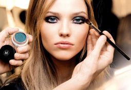 color-games-beauty-trend make up