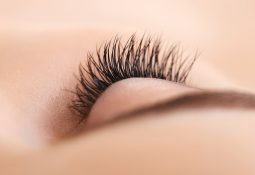 Flawless Eyelash Extensions and Eyebrows
